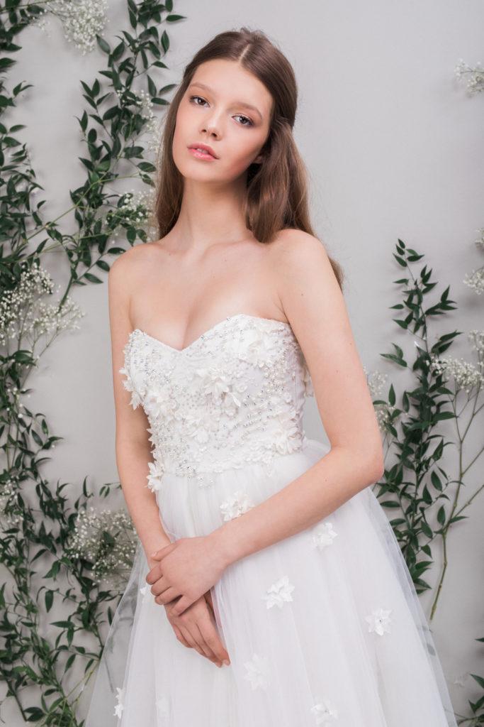 rochie-mireasa-corset-maigre