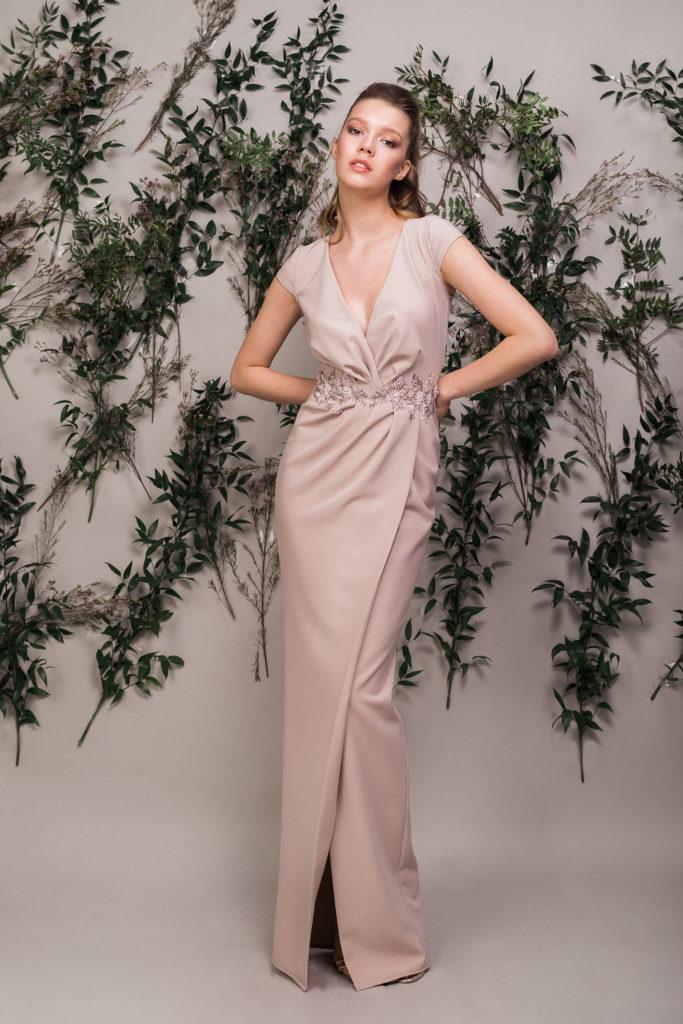 rochie-lunga-eleganta-bej-maigre